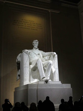 Location work- Lincoln Memorial (1 of 1)